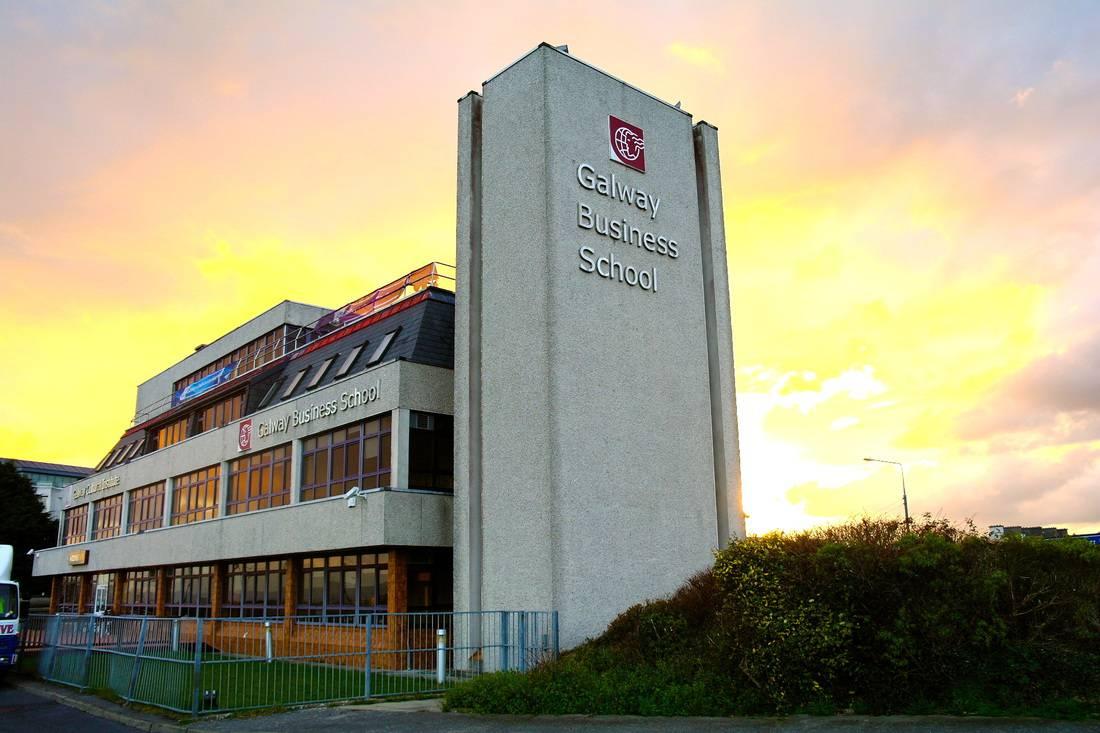 Galway Escuela